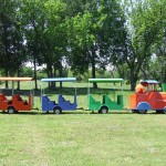 Here is a Trackless Train Rental for Party Planners to Select