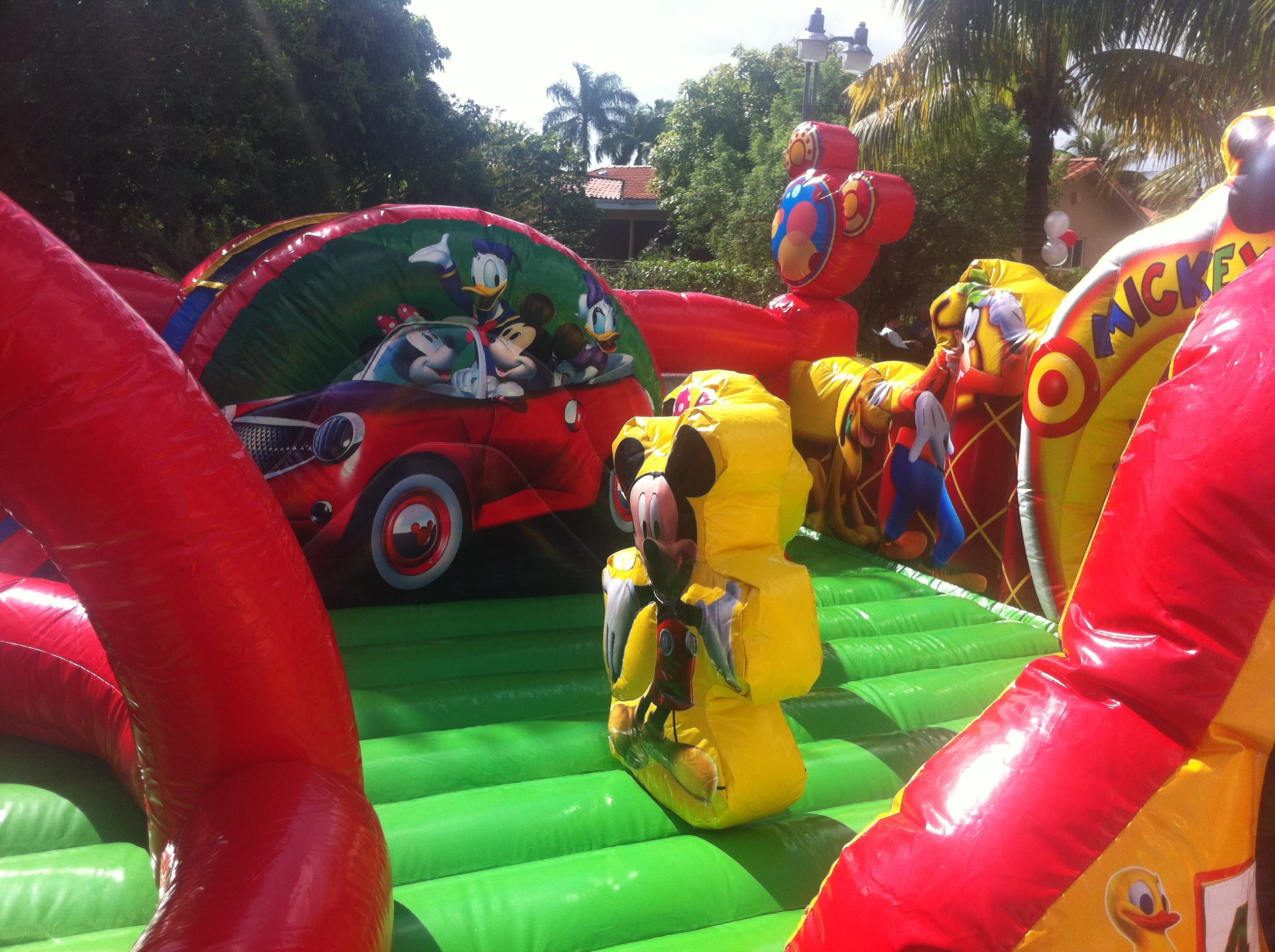 Mickey Park Toddler Combo Combo Bounce House